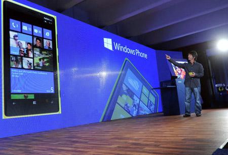 Windows Phone 8 получит от разработчиков первое обновление